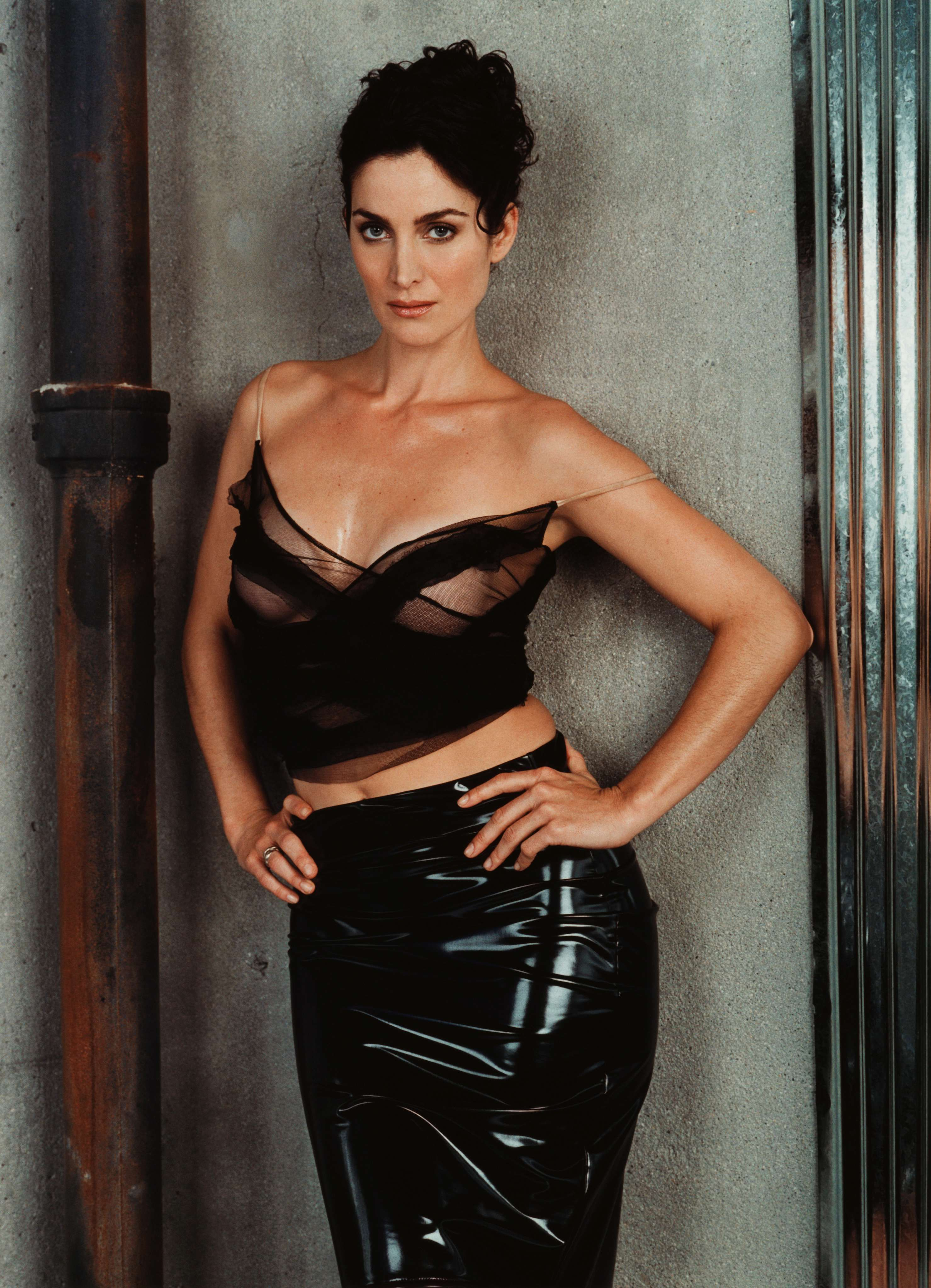 Carrie anne moss hot naked sex