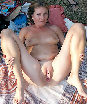 Matures naked pic