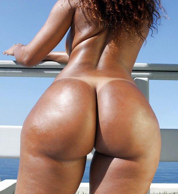 Black women with big round asses nude